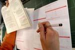 travailler pour les impots Économie politique et finances en France, Europe et monde