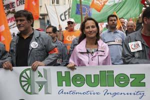 Stephane Mahe / Reuters / la région reprend en main la situation concernant l'avenir du constructeur et équipementier automobile Heuliez